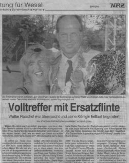Zeitung04